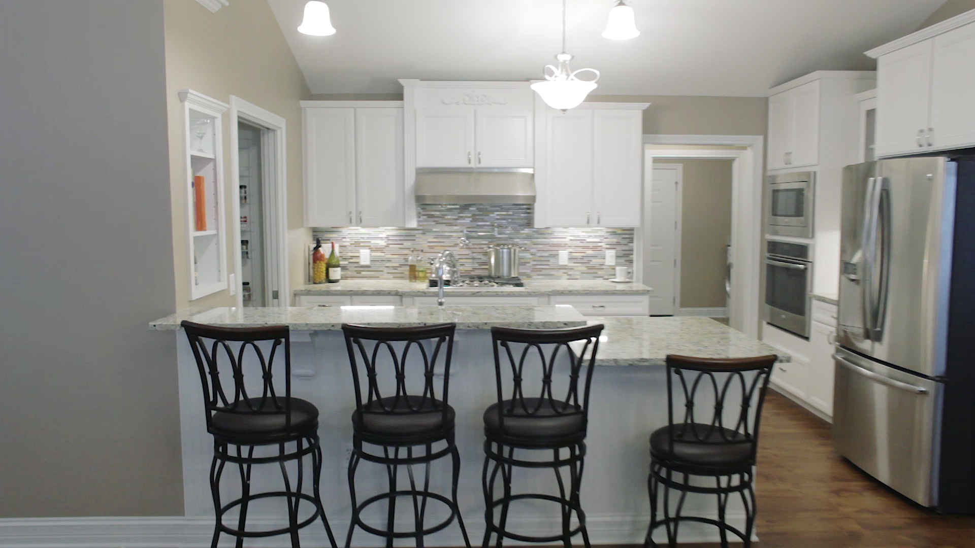 Kitchen Construction Service : Kitchen solid construction and maintenance services